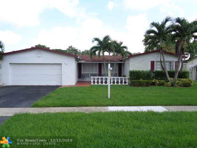 9181 SW 54th St, Cooper City, FL 33328 (MLS #H10723606) :: RE/MAX Presidential Real Estate Group