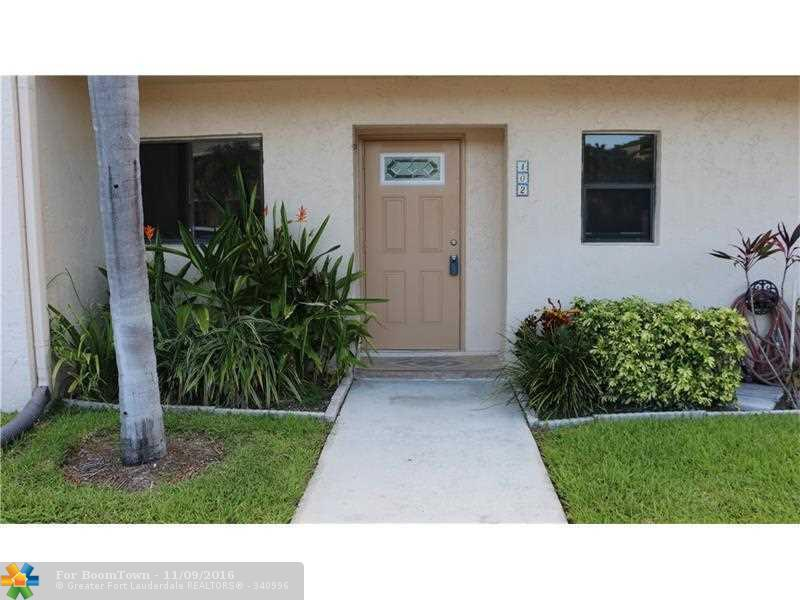 2908 NE 8th Ter #102, Wilton Manors, FL 33334 (MLS #F10019516) :: United Realty Group