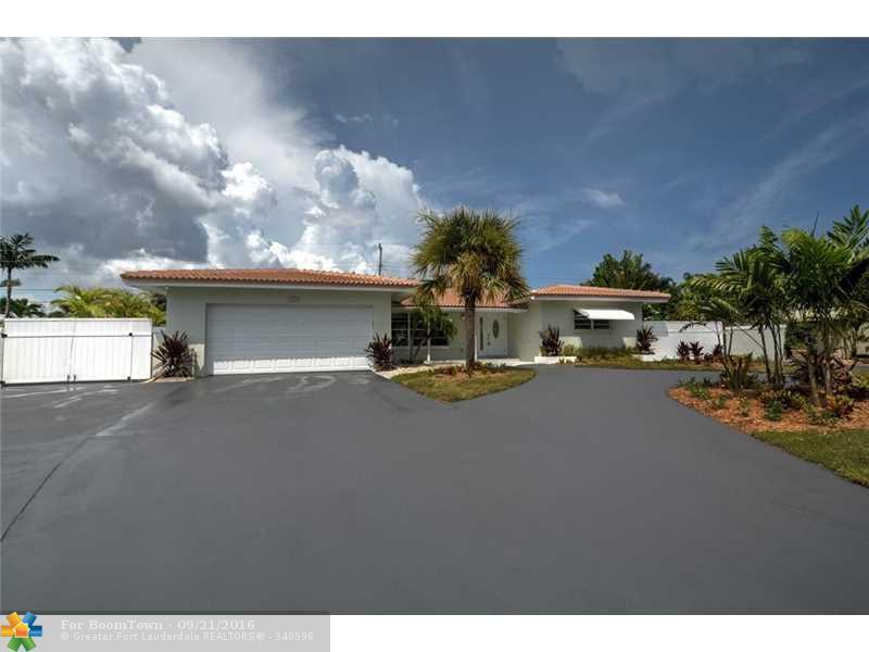2601 NE 53rd St, Lighthouse Point, FL 33064 (MLS #F10031928) :: United Realty Group