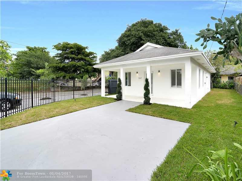 Miami, FL 33138 :: United Realty Group