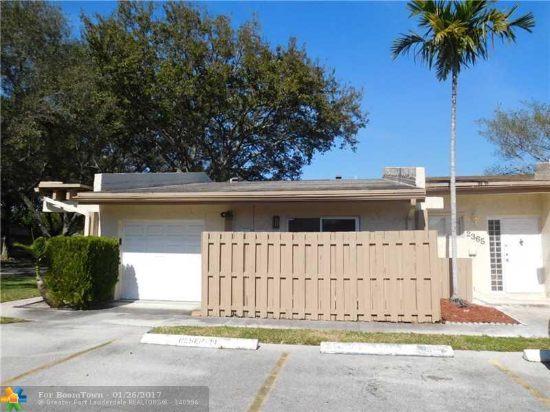 2369 N 37th Ave #2369, Hollywood, FL 33021 (MLS #F10034639) :: United Realty Group