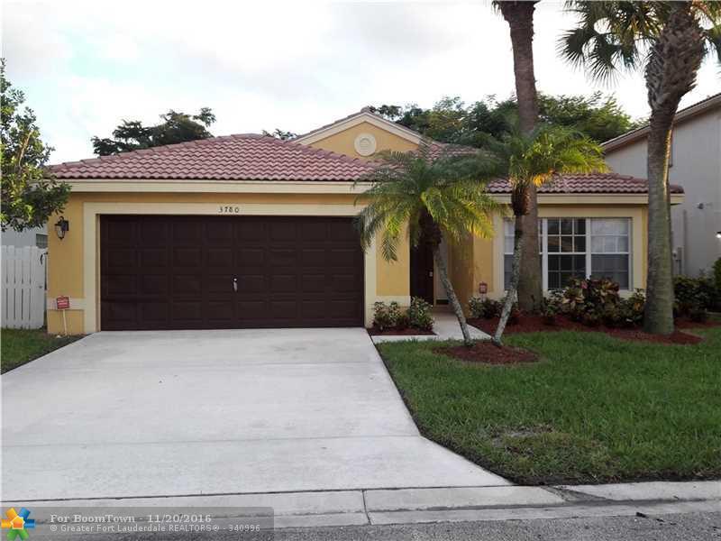 3780 Newport Ave, Boynton Beach, FL 33436 (MLS #F10035043) :: United Realty Group