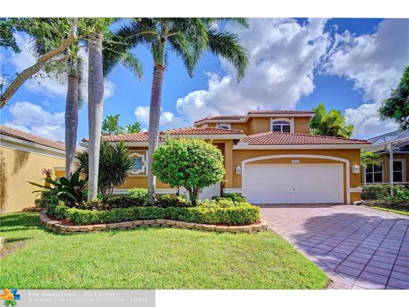 5843 NW 126th Ter, Coral Springs, FL 33076 (MLS #F10036247) :: United Realty Group