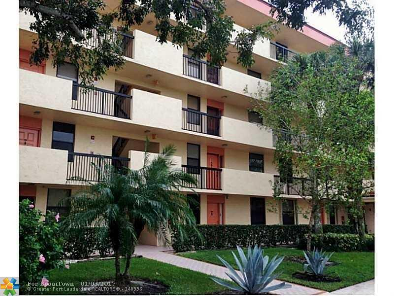 2767 S Carambola Cir 205 B, Coconut Creek, FL 33066 (MLS #F10037119) :: United Realty Group