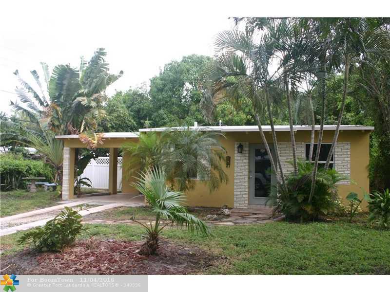 712 NE 3rd Ter, Pompano Beach, FL 33060 (MLS #F10038196) :: United Realty Group