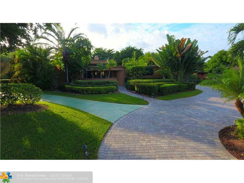 6339 NW 66th Way, Parkland, FL 33067 (MLS #F10038711) :: United Realty Group