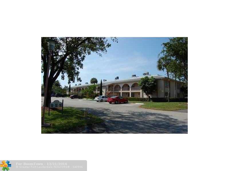 1101 Bahama Bnd G2, Coconut Creek, FL 33066 (MLS #F10038948) :: United Realty Group