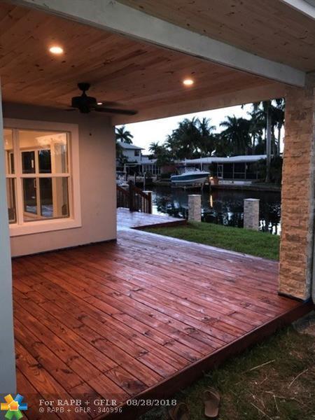340 SE 10th St, Pompano Beach, FL 33060 (MLS #F10077810) :: Green Realty Properties