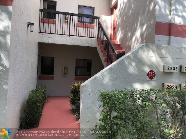 2929 Carambola Cir #2004, Coconut Creek, FL 33066 (MLS #F10091107) :: Green Realty Properties