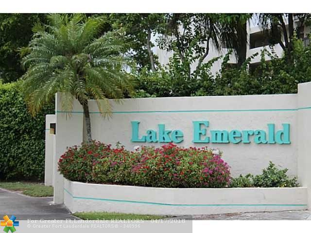 111 Lake Emerald Drive #110, Oakland Park, FL 33309 (MLS #F10094194) :: Green Realty Properties