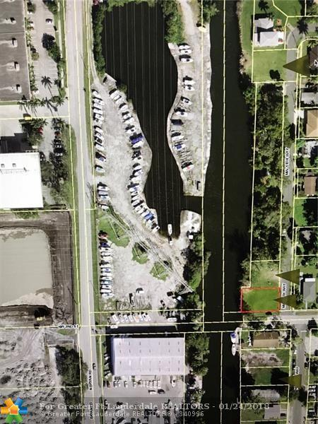 157 NW 14th Way, Dania Beach, FL 33004 (MLS #F10104370) :: Green Realty Properties