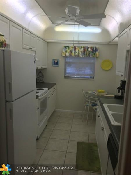 2700 SW 22nd Ave #1406, Delray Beach, FL 33445 (MLS #F10104710) :: Green Realty Properties