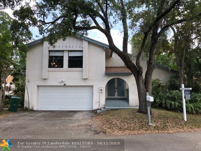 75 Forest Cir, Cooper City, FL 33026 (MLS #F10111061) :: Green Realty Properties