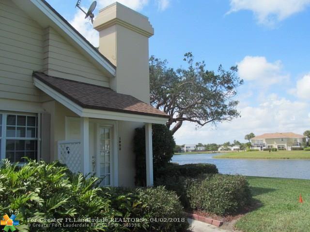 1902 Chadwick Ct 19B, Boynton Beach, FL 33436 (MLS #F10115780) :: Green Realty Properties