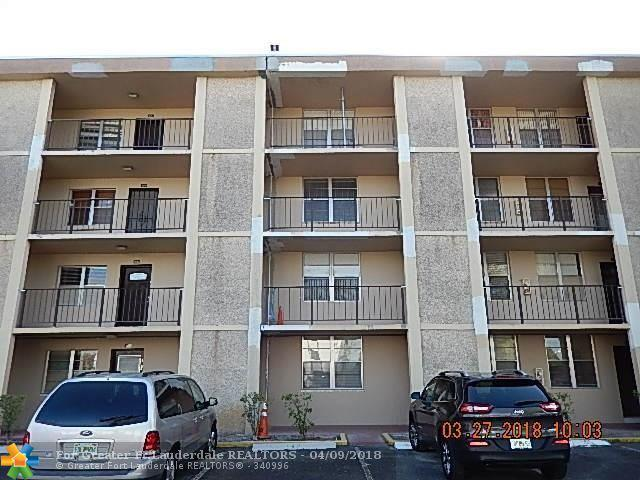 4898 NW 29th Ct #306, Lauderdale Lakes, FL 33313 (MLS #F10116960) :: Green Realty Properties
