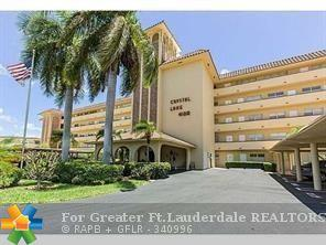 4100 Crystal Lake Dr #305, Pompano Beach, FL 33064 (MLS #F10117951) :: Green Realty Properties