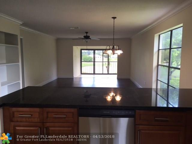 7944 Eastlake Dr 17D, Boca Raton, FL 33433 (MLS #F10118079) :: Green Realty Properties