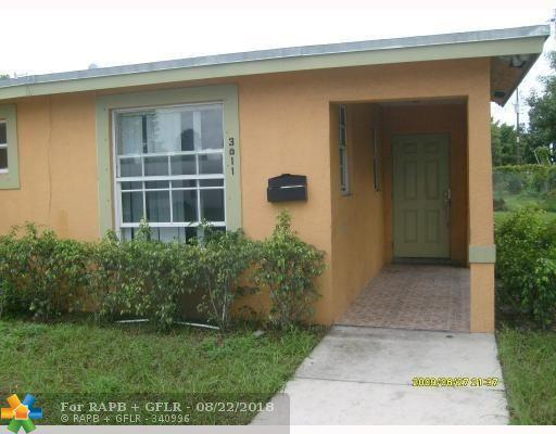 3011 NW 12th St, Fort Lauderdale, FL 33311 (MLS #F10124489) :: Green Realty Properties