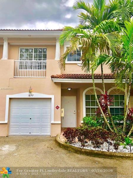 1695 NW 94TH AVE #1695, Coral Springs, FL 33071 (MLS #F10126150) :: Green Realty Properties