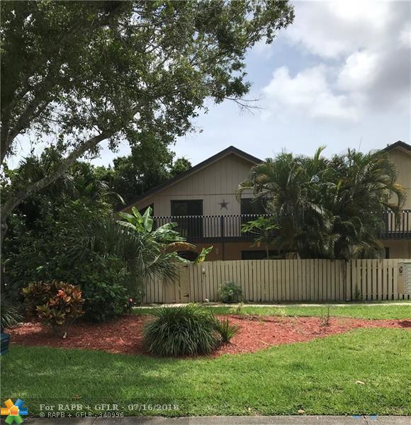 1566 39th Ave B-1, Vero Beach, FL 32960 (MLS #F10126899) :: Green Realty Properties
