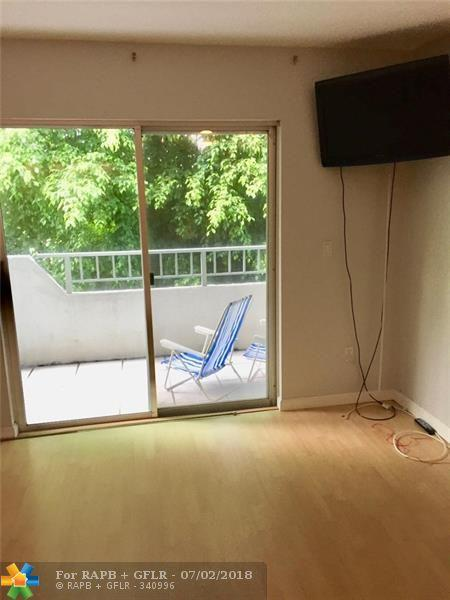 1610 Lenox Ave #215, Miami Beach, FL 33139 (MLS #F10127892) :: Green Realty Properties