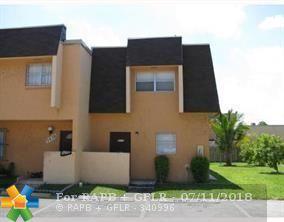 5637 Blueberry Ct #139, Lauderhill, FL 33313 (MLS #F10130866) :: Green Realty Properties