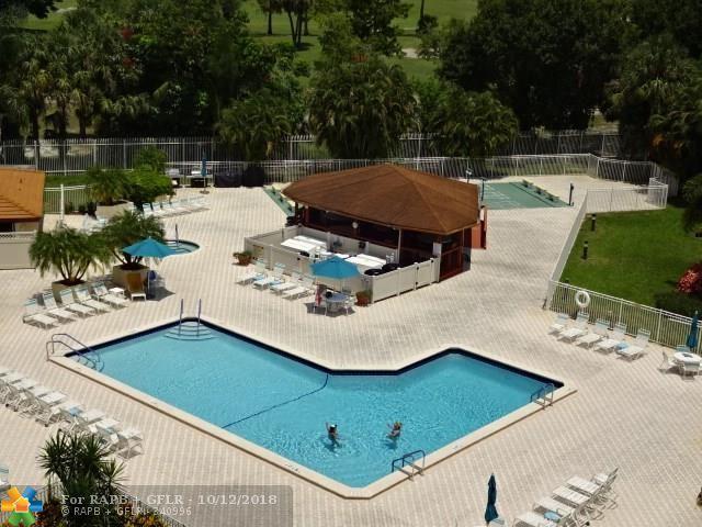 3930 Inverrary Blvd 707-D, Lauderhill, FL 33319 (MLS #F10132203) :: Green Realty Properties