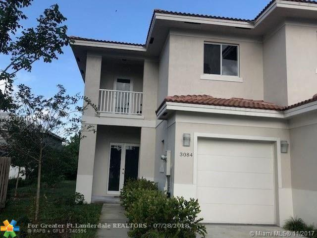 3084 NW 91st Ave, Coral Springs, FL 33065 (MLS #F10132965) :: The Dixon Group
