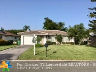 8010 NW 108th Ave, Tamarac, FL 33321 (MLS #F10134742) :: Green Realty Properties