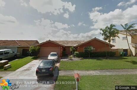 6350 NW 200th Ter, Hialeah, FL 33015 (MLS #F10135054) :: Green Realty Properties
