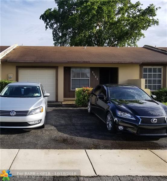 9521 W Daffodil Ln, Miramar, FL 33025 (MLS #F10138882) :: Green Realty Properties