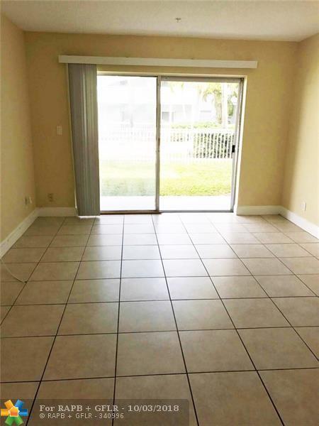 4251 NW 5th St #108, Plantation, FL 33317 (MLS #F10141342) :: Green Realty Properties
