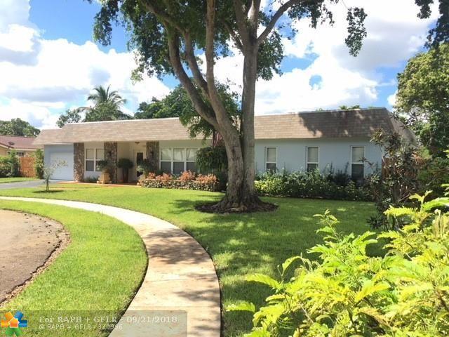 1201 SW 67th Ave, Plantation, FL 33317 (MLS #F10141778) :: The Dixon Group