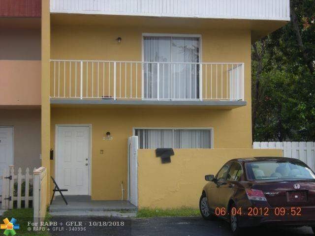 8005 SW 6th St #8005, North Lauderdale, FL 33068 (MLS #F10142836) :: Green Realty Properties