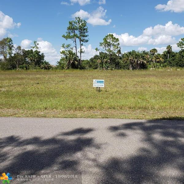 1427 NE 32 LN, Other City - In The State Of Florida, FL 33909 (MLS #F10143532) :: Green Realty Properties