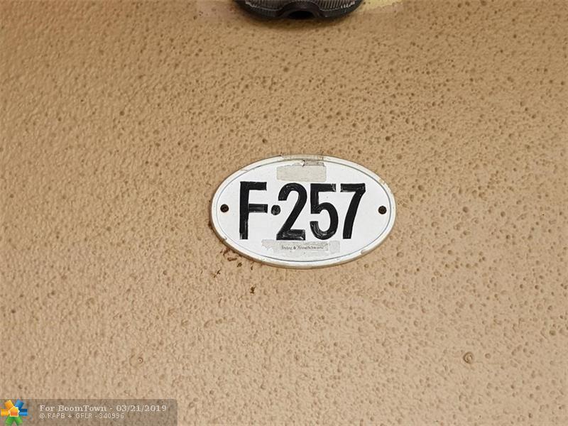 257 Flanders F - Photo 1