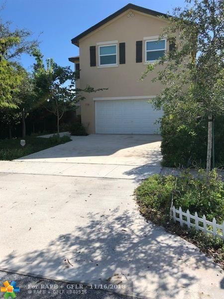 116 SW 1st Ave, Boynton Beach, FL 33435 (MLS #F10150138) :: Green Realty Properties