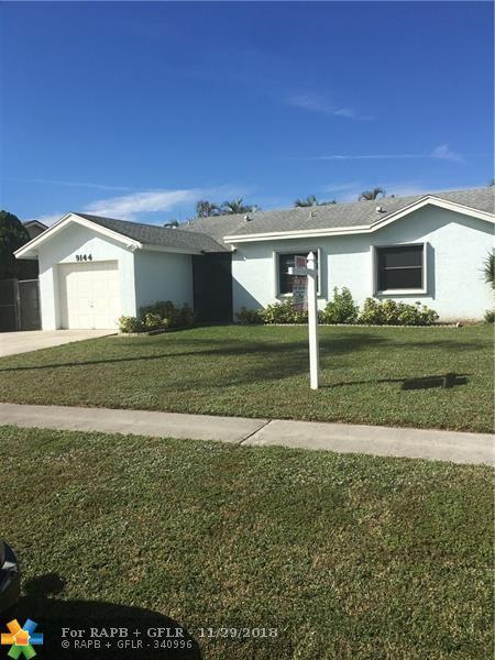 9144 Bedford Dr, Boca Raton, FL 33434 (MLS #F10151341) :: Green Realty Properties