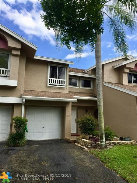 2228 S Discovery Cir #2228, Deerfield Beach, FL 33442 (MLS #F10152089) :: EWM Realty International