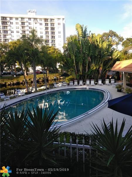 140 NE 19th Ct 204E, Wilton Manors, FL 33305 (MLS #F10163212) :: Castelli Real Estate Services