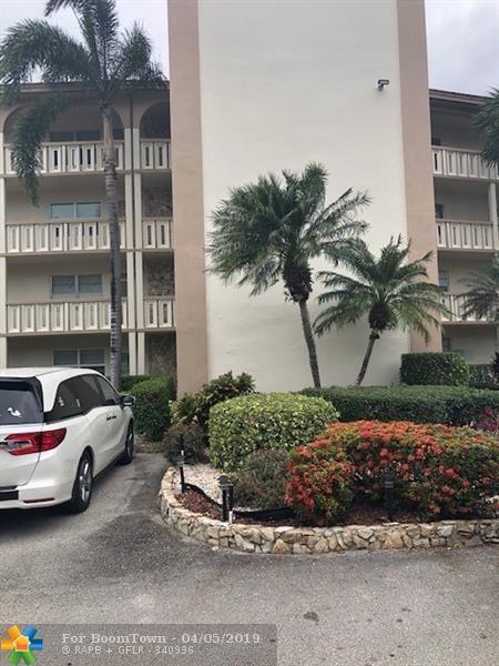 2403 Antigua Cir N1, Coconut Creek, FL 33066 (MLS #F10169047) :: Laurie Finkelstein Reader Team