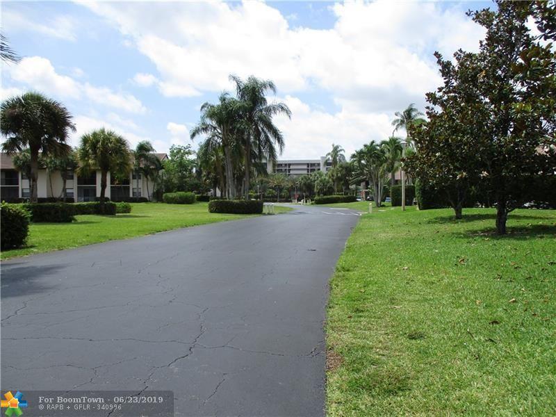 22064 Palms Way - Photo 1