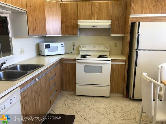 2201 Lucaya Bnd K3, Coconut Creek, FL 33066 (MLS #F10177296) :: Green Realty Properties