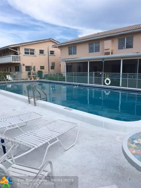 2111 NE 42nd Ct 105W, Lighthouse Point, FL 33064 (MLS #F10178982) :: Green Realty Properties