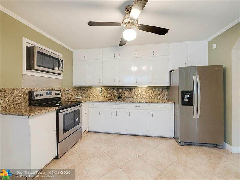 813 2nd Ave - Photo 1