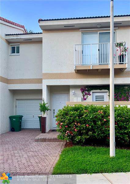 8464 Lagos De Campo Blvd #8464, Tamarac, FL 33321 (MLS #F10202272) :: Castelli Real Estate Services