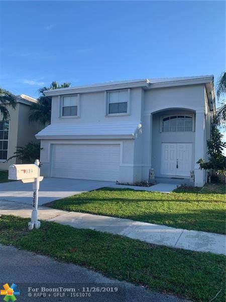 6394 Buena Vista Drive, Margate, FL 33063 (MLS #F10205095) :: Berkshire Hathaway HomeServices EWM Realty