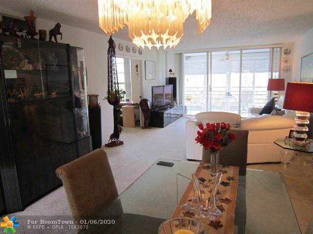 545 Oaks Ln #508, Pompano Beach, FL 33069 (MLS #F10206689) :: The Paiz Group