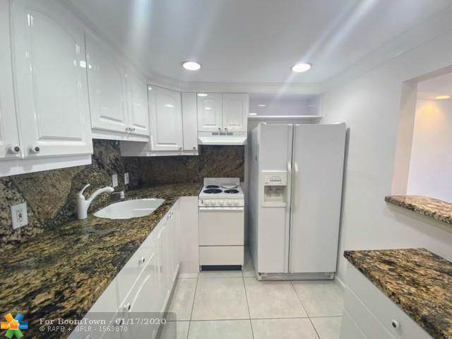 1084 Harwood F #1084, Deerfield Beach, FL 33442 (MLS #F10211909) :: Green Realty Properties