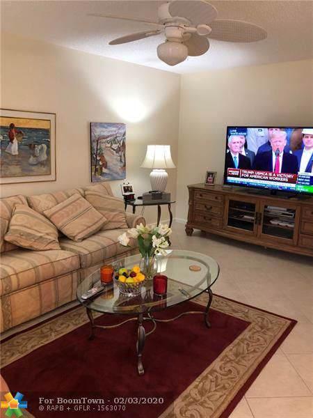 2025 Oakridge D #2025, Deerfield Beach, FL 33442 (MLS #F10214549) :: The Paiz Group